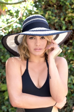Sun Hat Colette Striped Product shot 2