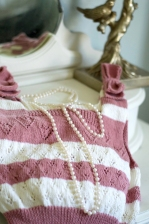 Knitted top with Pearls